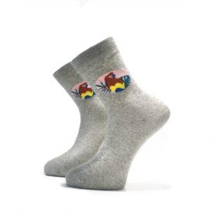 Šedé ponožky s papouškem