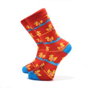 Červené ponožky s kachničkama na střelnici